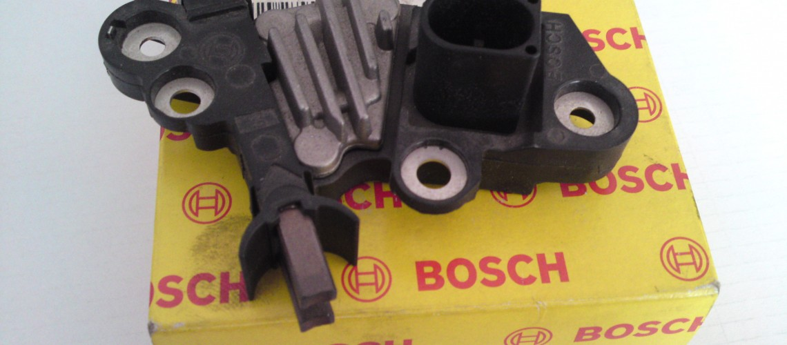 Releu alternator Ford Transit F00M346010 Bosch 0121615002